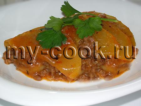 Запеканка из овощей и рубленого мяса