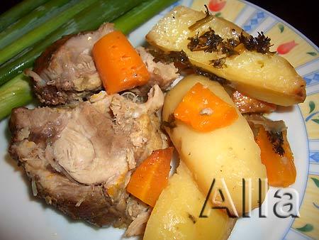 Свинина в сетке с овощами
